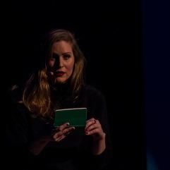 Textes Annie Lafleur d'après Raimbaut d'Orange - Mise en image Jonas Luyckx